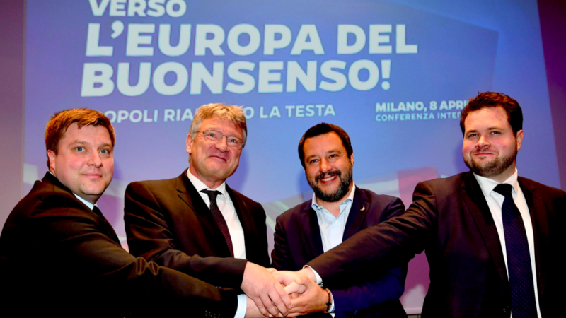 Od lewej: Olli Kotro, Jörg Meuthen, Matteo Salvini, Anders Vistisen. Źródło: Twitter/Matteo Salvini (@matteosalvinimi)