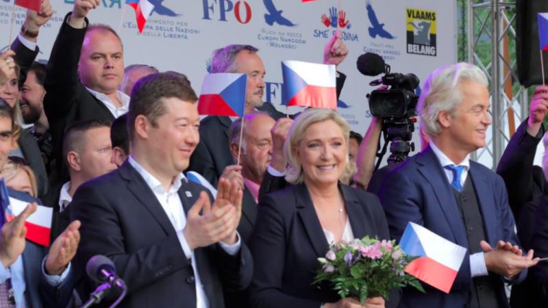 Tomio Okamura, Marine Le Pen i Geert Wilders podczas spotkania w Pradze, źródło: Twitter/Marine Le Pen (@MLP_officiel)