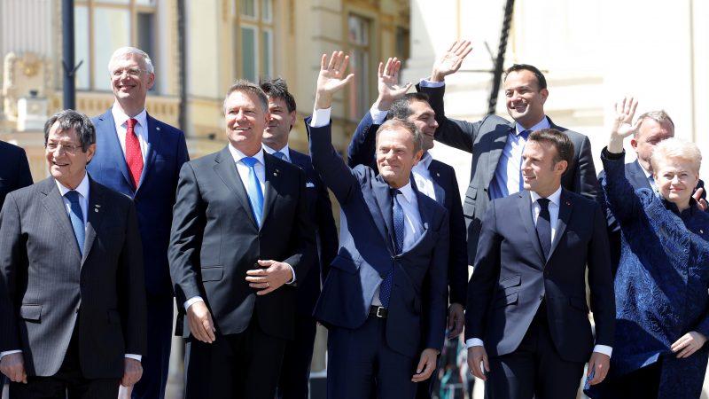 Przywódcy UE na szczycie w Sybinie, źródło: tvnewsroom.consilium.europa.eu