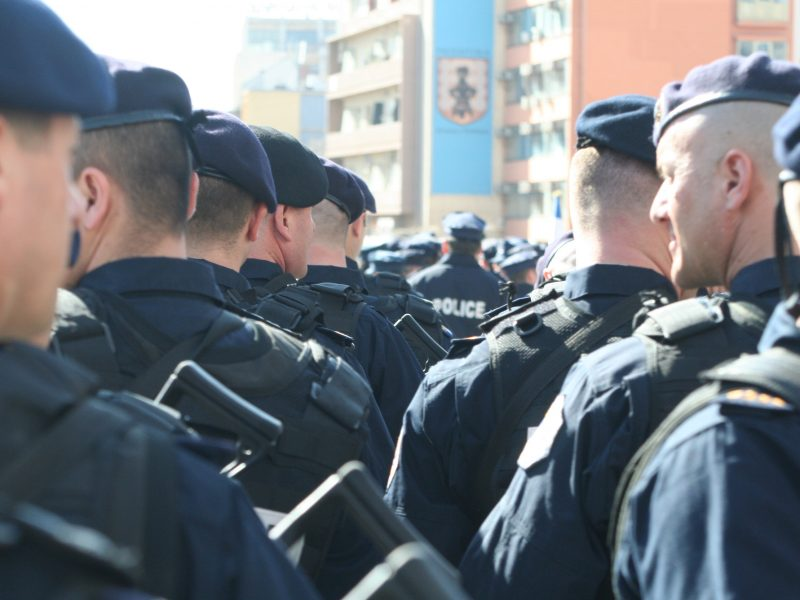 Policjanci z kosowskich oddziałów specjalnych, źródło: Wikipedia, fot. SUHEJLO (CC BY-SA 3.0)