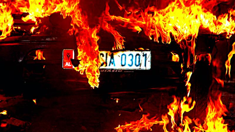 Protest w Tiranie, źródło: Flickr, fot. Godo Godaj (CC BY 2.0)