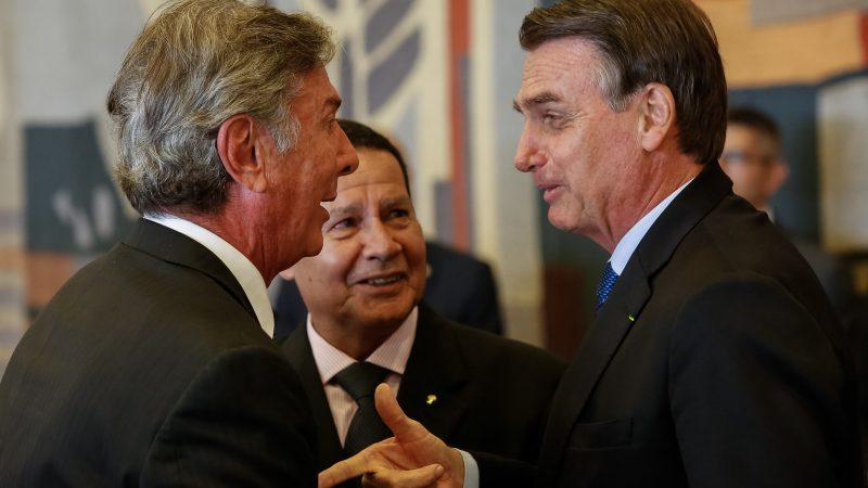 Prezydent Argentyny Mauricio Macri (pierwszy z lewej) i prezydent Brazylii Jair Bolsonaro (pierwszy z prawej), źródło: Flickr/Palácio do Planalto, fot. Isac Nóbrega/PR (CC BY-NC-SA 2.0)