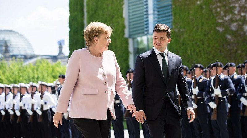 Kanclerz Niemiec Angela Merkel i nowy prezydent Ukrainy Wołodymyr Zełenski w Berlinie, źródło BundesregierungSteins