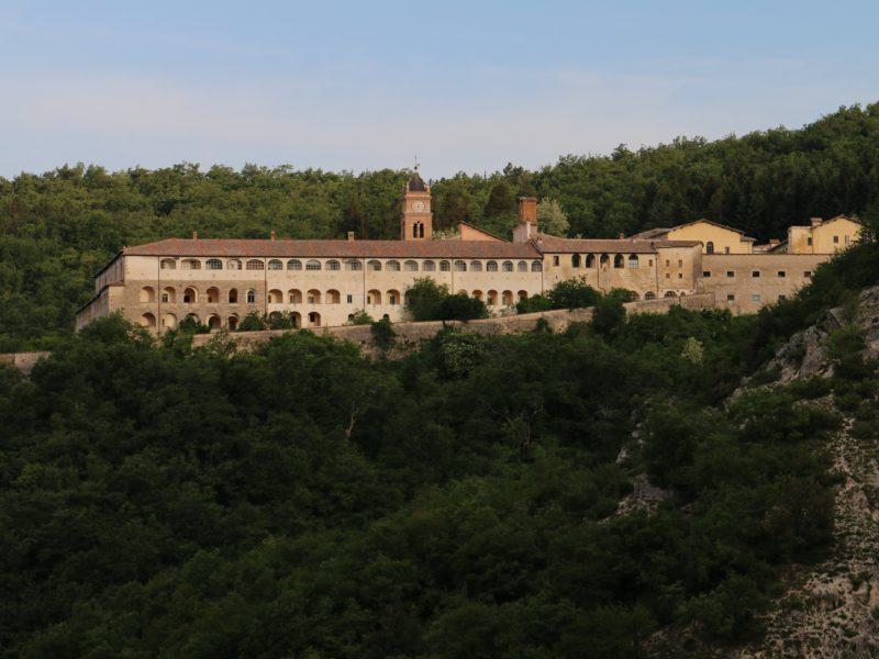 Klasztor w Collepardo, źródło: Wikipedia, fot. Mattis (CC BY-SA 4.0)