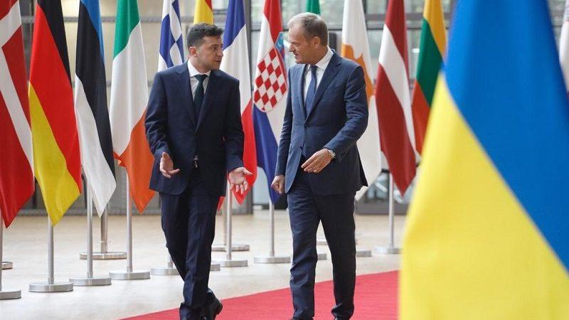 Prezydent Ukrainy Wolodymyr Zełenski i szef rady Europejskiej Donald Tusk w Brukseli, źródło twitter by Donald Tusk