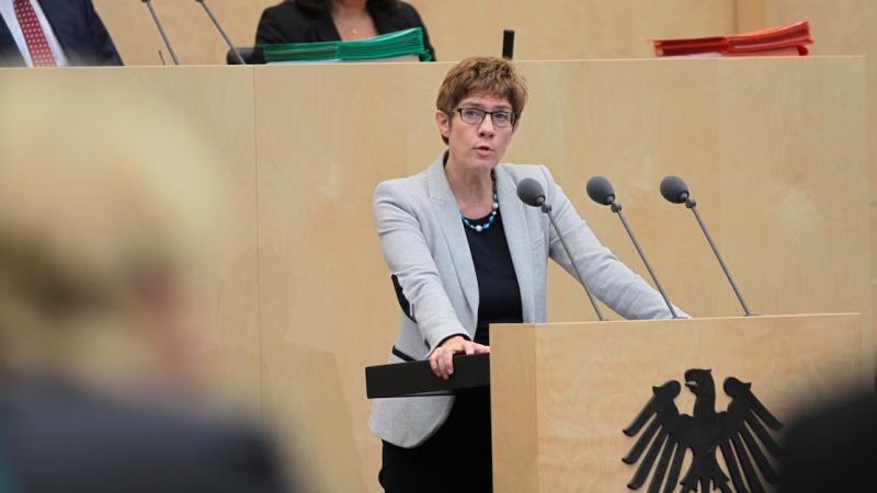 Przewodnicząca CDU Annegret Kramp-Karrenbauer, źródło: Flickr/Bundesrat, fot. Frank Bräuer