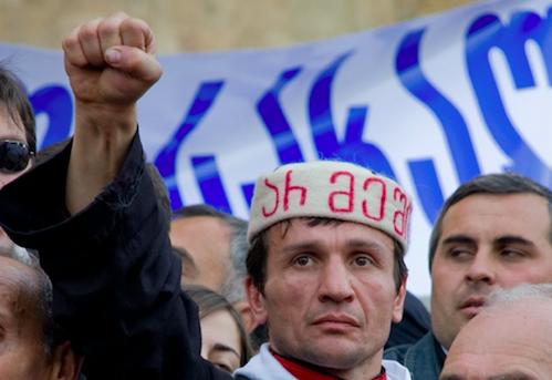 Protest w Tbilisi, źródło: Flickr, fot. Vladimer Shioshvili (CC BY-SA 2.0)