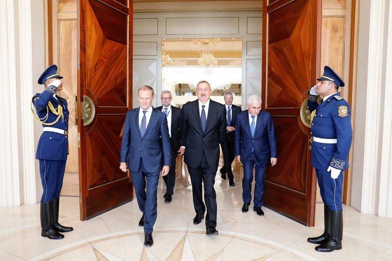 Szef Rady Europejskiej Donald Tusk i prezydent Azerbejdżanu Ilham Alijew w Baku, źródło twitter Donald Tusk @eucopresident