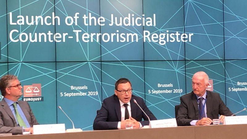 """Eurojust ogłasza utworzenie unijnego """"rejestru sądowego przeciwdziałania terroryzmowi"""" w celu pomocy w dochodzeniach i ściganiu transgranicznym"""