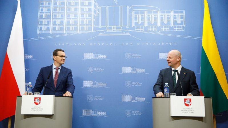 Konferencja prasowa premierów Polski i Litwy Mateusza Morawieckiego i Saulius Skvernelis, źródło Krystian Maj KPRM