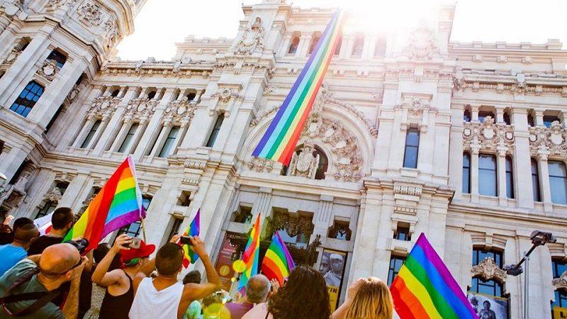 Protest środowisk LGBT, źródło KE
