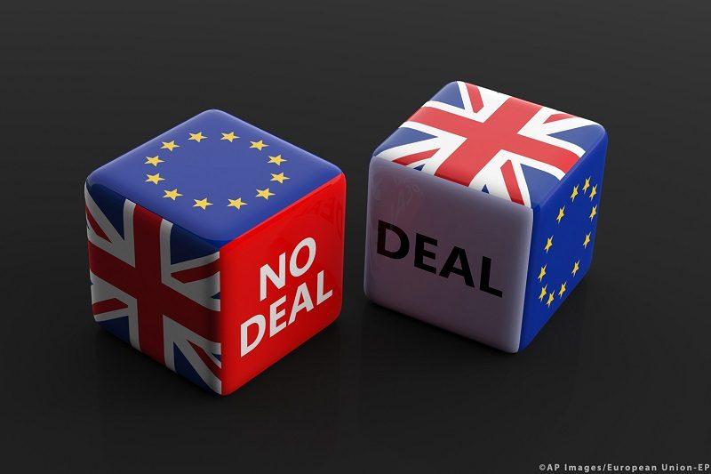 Brexit (symb.) kostki deal i no deal,źródło PE