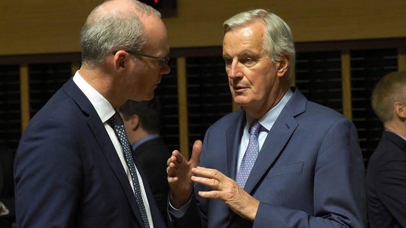 Szef MSZ Irlandii Simon Coveney i główny negocjator UE ds. brexitu ichel Barnier, źródło consilium