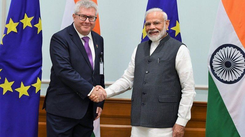 Europoseł PiS EKR Ryszard Czarnecki i premier Indii Narendra Modi, źródło twitter r_czarnecki