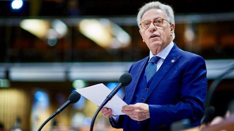 Przewodniczący Komisji Weneckiej Gianni Gianni Buquicchio, źródło twitter.comgiannibuquicch1