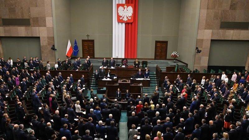 Sejm przyjął uchwałę ws. prowokacyjnych oskarżeń rosyjskich władz, źródło Łukasz Błasikiewicz, sejm.gov.pl