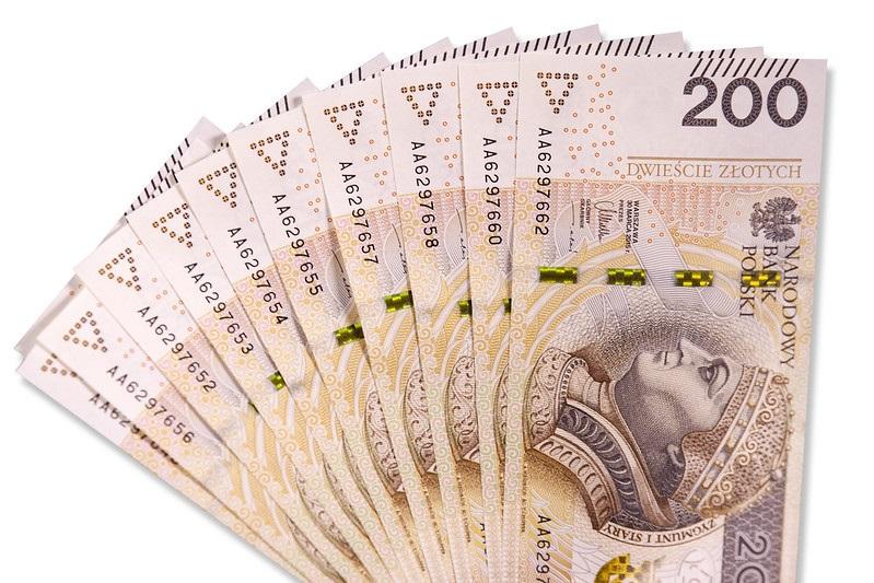 Banknoty 200-złotowe, źródło NBP
