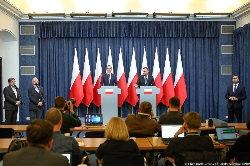 Briefing w Pałacu Prezydenckim o podpisaniu ustawy abonamentowej, źródło Eliza Radzikowska-Białobrzewska KPRP