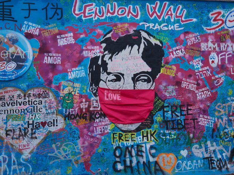 Ściana Johna Lennona w Pradze, fot. Marta Sawicka