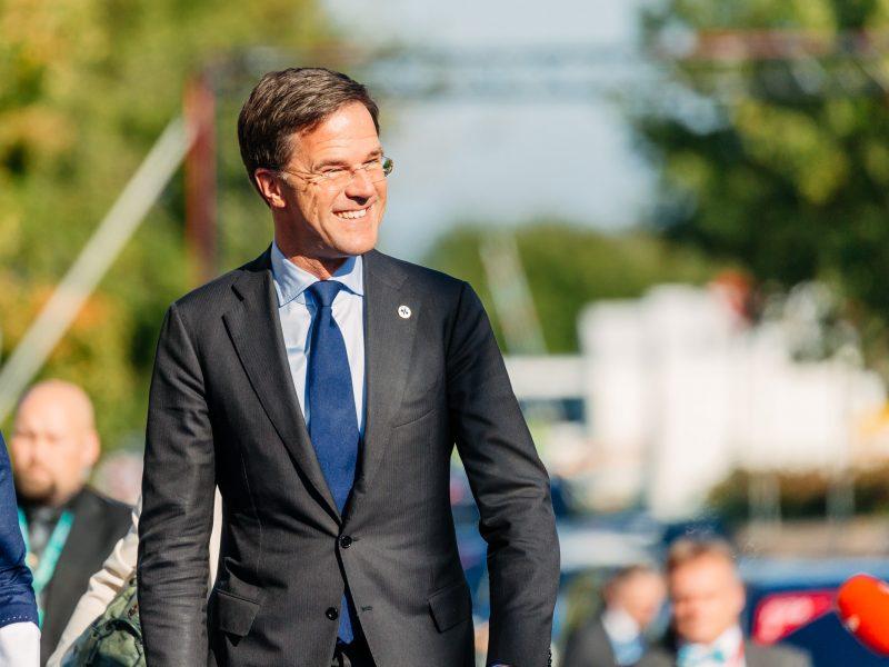 Prezydent Emmanuel Macron odwiedził we wtorek (23 czerwca) Hagę, gdzie spotkał się z holenderskim premierem Markiem Rutte.