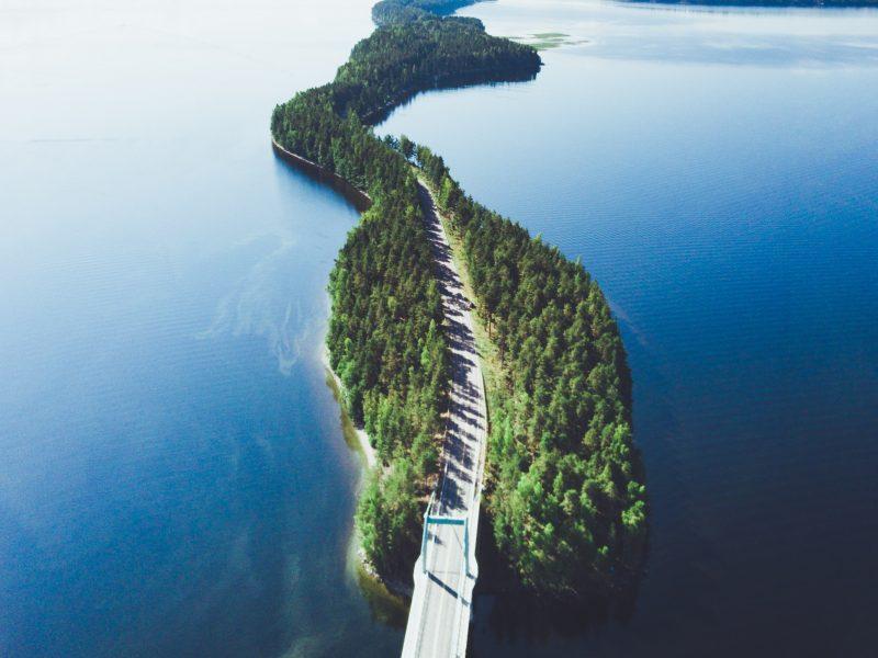 Droga w Finlandii [Unsplash]