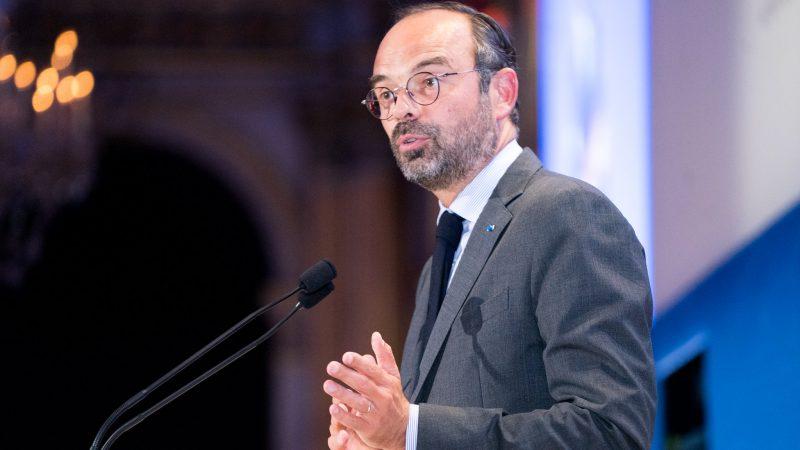 Premier Francji Édouard Philippe twierdzi, że sytuacja epidemiczna w całym kraju uległa znacznej poprawie.