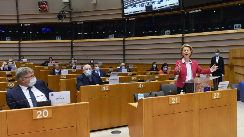 Przewodnicząca KE Ursula von der Leyen ogłasza nowy projekt budżetu UE na lata 2021-2027, źródło: EC - Audiovisual Service, European Union 2020, fot. Etienne Ansotte