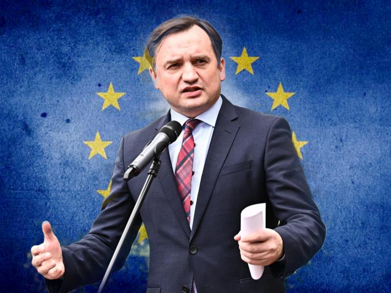 Minister sprawiedliwości Zbigniew Ziobro, fot. Twitter Ministerstwa Sprawiedliwości, opracowanie graficzne: EURACTIV.pl