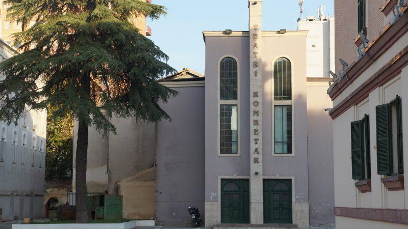 Teatr Narodowy w Tiranie, Albania. Zburzony 17 maja 2020 r. Źródło: Albinfo - Praca własna, CC BY-SA 4.0