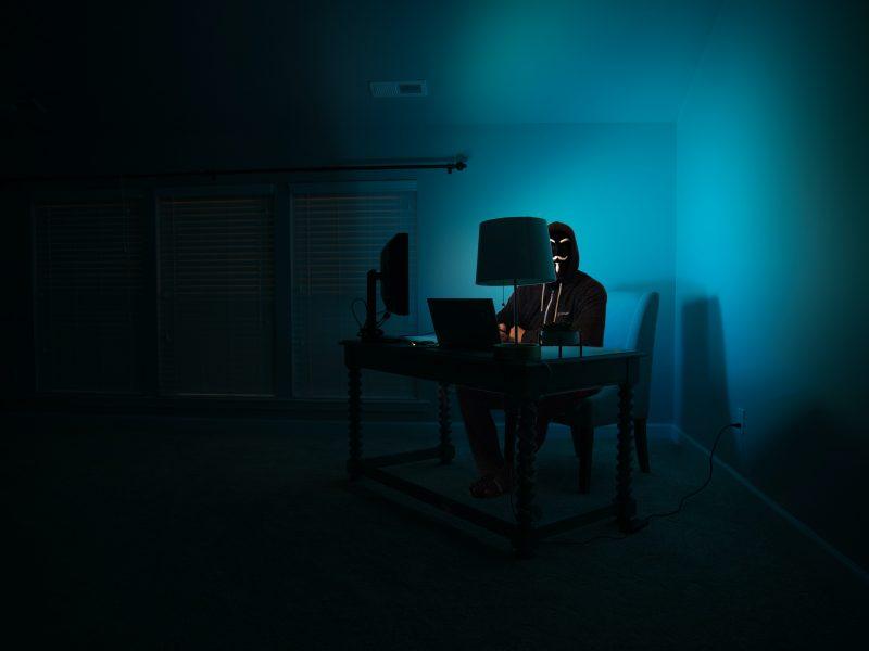 Rosja chce sankcji UE wobec hakerów powiązanych z rosyjskim wywiadem wojskowym GRU (Photo by Clint Patterson on Unsplash)