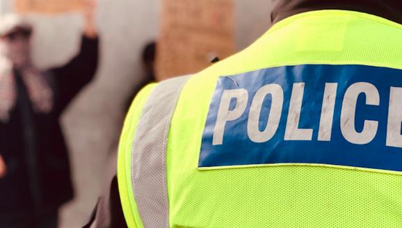 Policja traktuje atak w parku w Reading jako incydent terrorystyczny, źródło: Unsplash, fot. Étienne Godiard