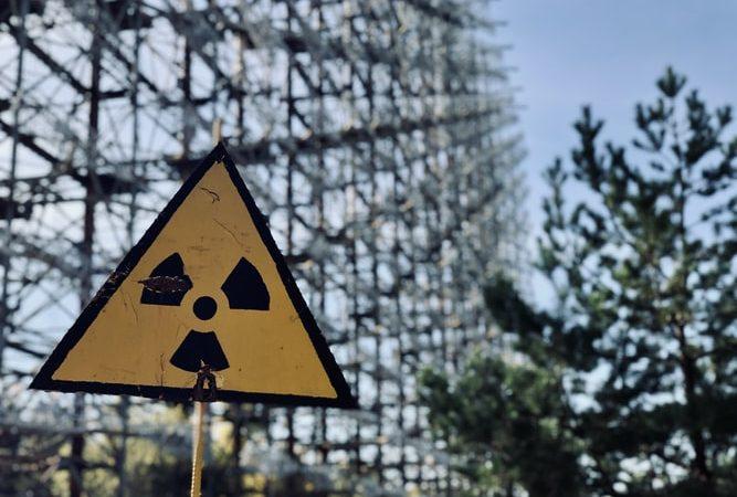 Czujniki promieniowania w Finlandii i Szwecji wykryły podwyższony poziom izotopów powstających z rozszczepienia jądrowego. Skąd mogło pochodzić promieniowanie?
