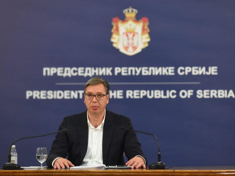"""Autorzy listu otwartego twierdzą, że serbski rząd doprowadził do sytuacji """"katastrofy zdrowotnej""""."""