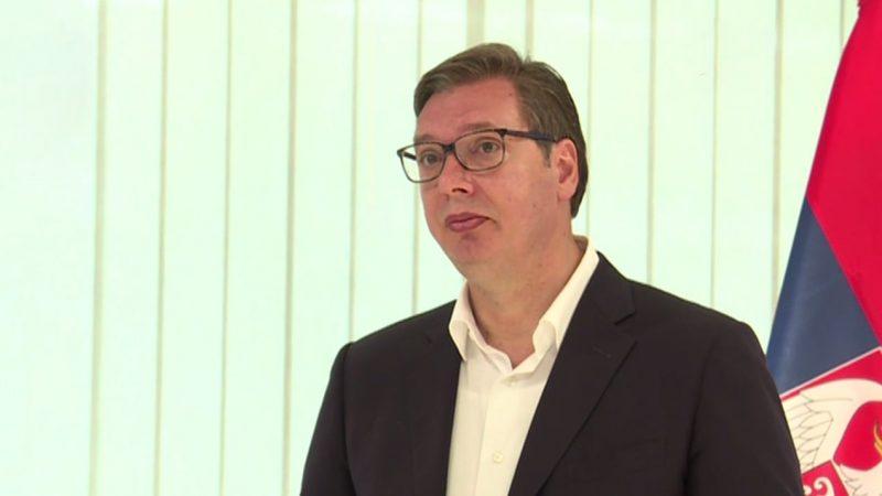 """""""Pierwsze spotkanie z premierem Kosowa nie należało do najłatwiejszych"""", stwierdził prezydent Serbii Aleksandar Vučić."""