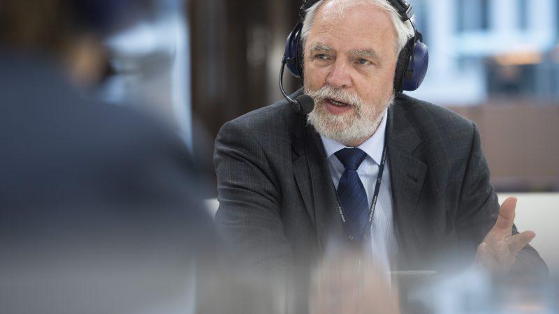 Eurodeputowany Platformy Obywatelskiej Jan Olbrycht, członek komisji Parlamentu Europejskiego ds. budżetu [Flickr, euranet_plus, CC BY-SA 2.0 license]