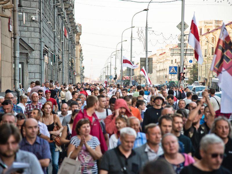 Demonstracja opozycji na Białorusi w centrum Mińska, źródło: Flickr, fot. Marco Fieber (CC BY-NC-ND 2.0)