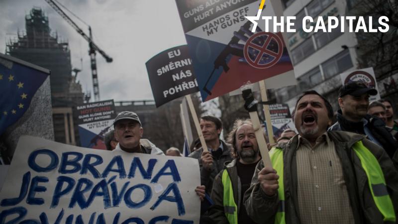 Rząd Czech popiera zmianę Konstytucji, aby dodać prawo do obrony własnej oraz członków rodziny za pomocą broni palnej.