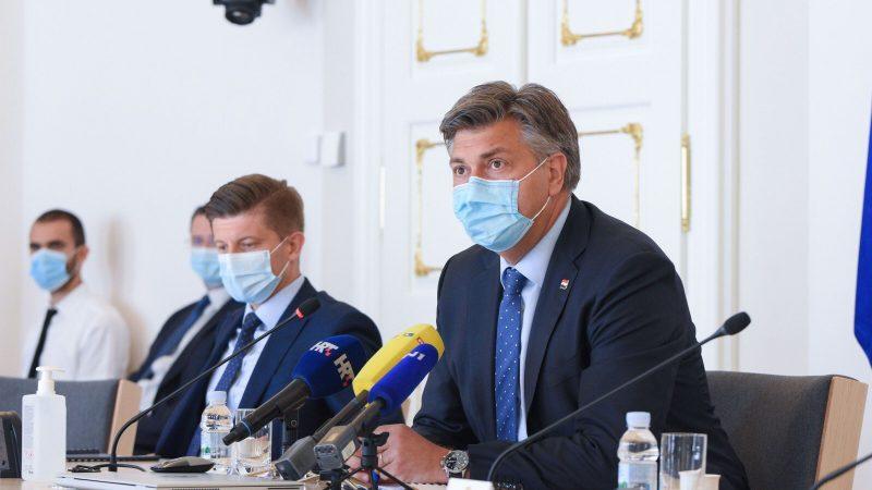 Chorwacka Wspólnota Demokratyczna (HDZ) premiera Andreja Plenkovicia zdobyła w lipcowych wyborach parlamentarnych poparcie 37,2 proc. wyborców