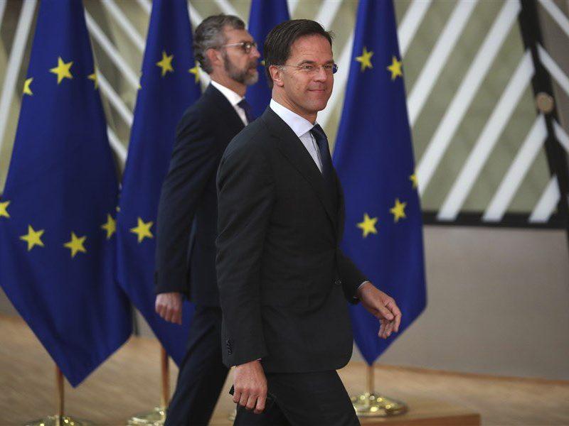Premier Holandii Mark Rutte na szczycie Rady Europejskiej w Brukseli, 17 lipca 2020 r. [Twitter, @MinPres]
