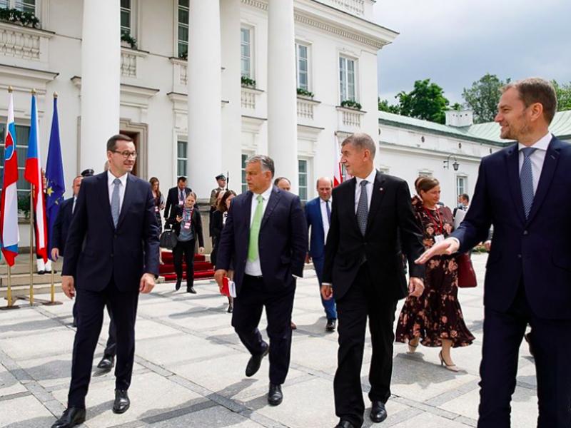 Premierzy Polski, Węgier, Czech i Słowacji na szczycie V4 w Warszawie, źródło: KPRM, fot. Krystian Maj