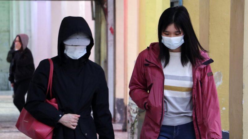 W ciągu ostatnich 24 godzin w Chinach potwierdzono oficjalnie 61 nowych przypadków zakażeń koronawirusem SARS-CoV-2. Nowe infekcje, nie dotyczą osób powracających z zagranicy.