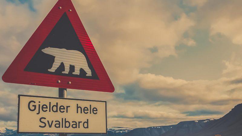 Poszukiwanie surowców w Arktyce jest przedmiotem sporu Norwegii z Rosją