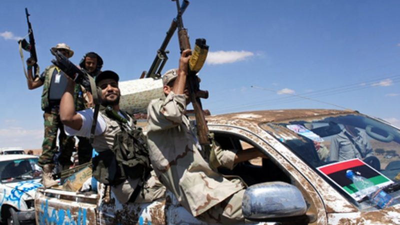 Bojownicy libijscy, źródło: Wikipedia, fot. Elizabeth Arrott (VOA News) - CC0 Public Domain