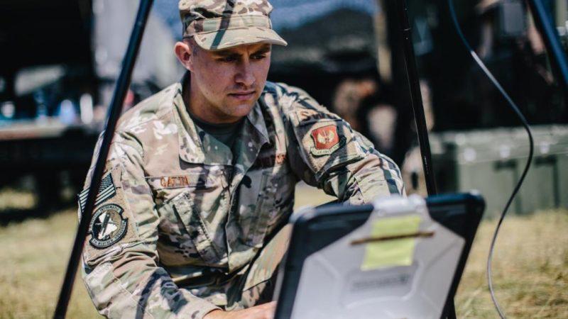 Amerykański żołnierz w Europie. Foto via Twitter, @USArmyEurope