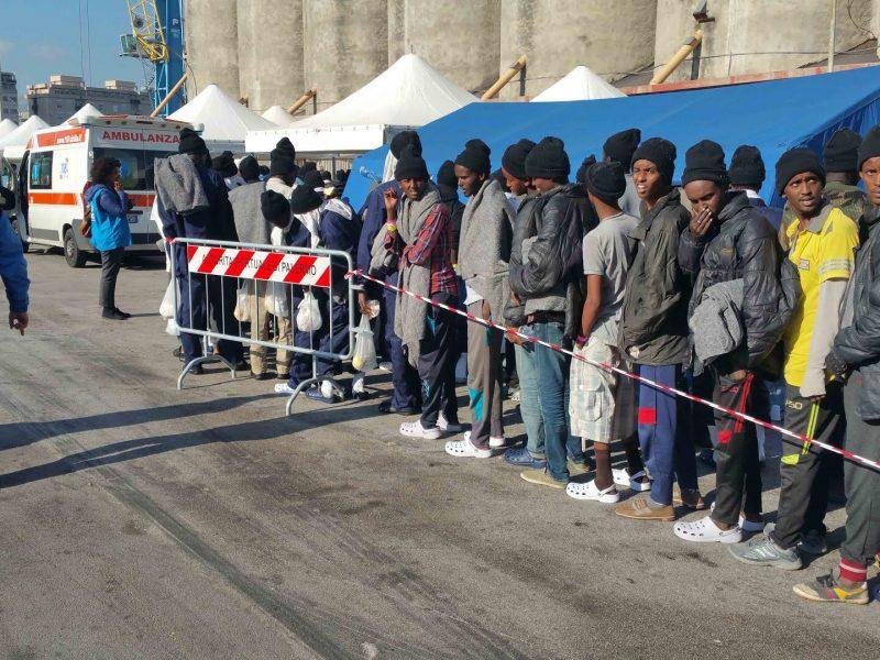 Władze Sycylii wzywają włoski rząd do podjęcia działań ws. nielegalnej imigracji.