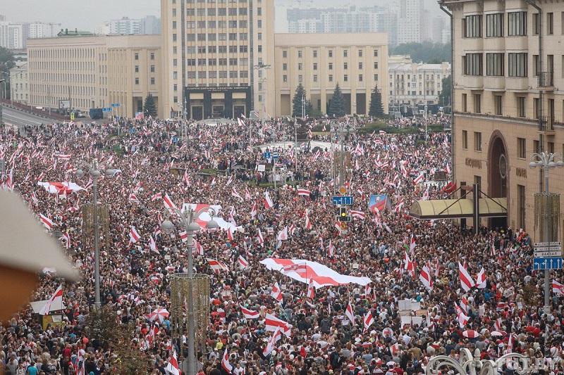 Kolejny, niedzielny protest w Mińsku, źródło twitter Franak Viačorka