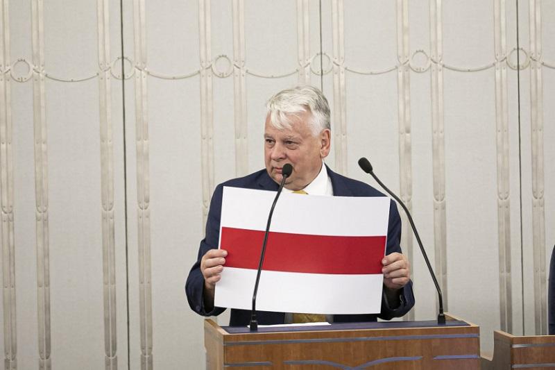 Wicemarszałek Senatu Bogdan Borusewicz, rezolucja ws. Białorusi, źródło Marta Marchlewska Kancelaria Senatu