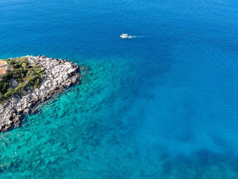Zatoka Antalya, w której prowadzone były poszukiwania złóż węglowodorów, fot. Hazal Ozturk [Unsplash]