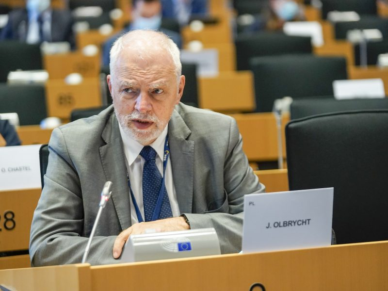 Eurodeputowany Platformy Obywatelskiej Jan Olbrycht, członek komisji Parlamentu Europejskiego ds. budżetu. / Foto via EP Daina Le Lardic