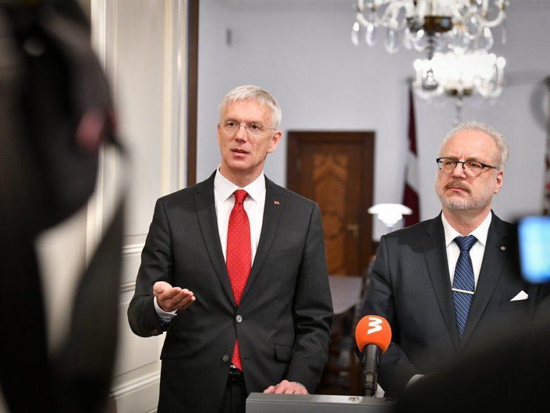 Premier Łotwy Krišjānis Kariņš i prezydent Egils Levits